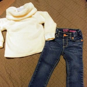 Adorable toddler sweater and jeans